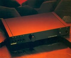 Sugden A25B Mosfet Integrated Amplifier. (1990-1995)