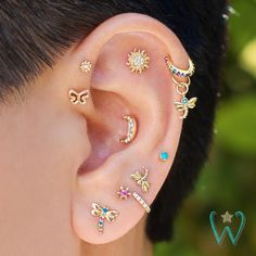 No Piercing Black Helix Ear Manchette Celtic Clover Shamrocks/helix cartilage ear cuff/piercing imitation/fake faux false piercing/ohrclip - Custom Jewelry Ideas Ear Jewelry, Cute Jewelry, Body Jewelry, Women Jewelry, Jewellery, Pretty Ear Piercings, Types Of Ear Piercings, Female Piercings, Ear Piercings Industrial