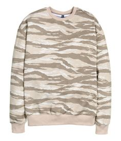 Long-sleeved sweatshirt with a printed design in beige & tan.  Ribbing at cuffs and hem. Soft, brushed inside. | H&M Divided Guys