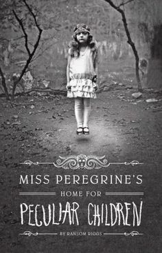 Miss Peregrine's Home for Peculiar Children Miss Peregrine's Home for Peculiar Children by Ransom Riggs I found this book very interesting. Miss Peregrine's Home for Peculiar Children is about a boy. Comic Shop, Ya Books, Great Books, Books To Read, Tim Burton, Miss Peregrine's Peculiar Children, Creepy Children, Peregrine's Home For Peculiars, Miss Peregrines Home For Peculiar