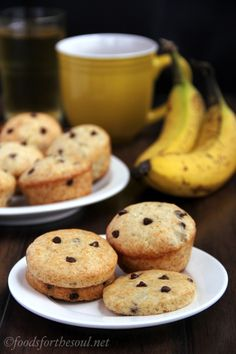 Banana chocolate chip muffins (or muffin tops). Because healthy breakfasts sometimes require a little chocolate!