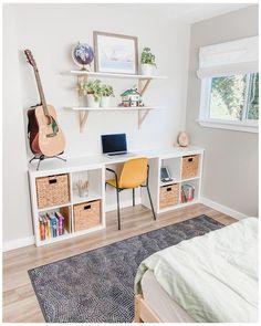 Room Ideas Bedroom, Kids Bedroom, Bedroom Decor, Kids Room Bookshelves, Bookshelf Desk, Deco Studio, Home Office Decor, Home Decor, Minimalist Bedroom