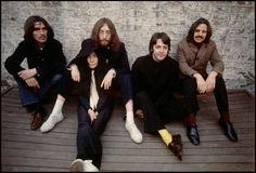 Linda McCartney The Beatles and Yoko Ono (1969)