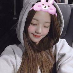 WONYOUNG 장원영 (@wonyoung_official) • Instagram fotoğrafları ve videoları