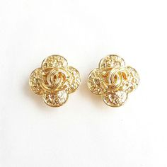 Vintage CHANEL CC Cross Clover Gold Tone Clipped Earrings