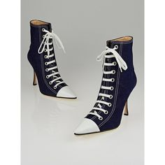 Pre-owned Manolo Blahnik Blue Denim Lace Up Ankle Boots (€185) ❤ liked on Polyvore featuring shoes, boots, ankle booties, laced booties, manolo blahnik boots, short boots, blue ankle boots and lace up ankle bootie