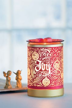 Rejoice Scentsy Warmer  Tidings of joy shine bright and bold from the depths of this lovely Lampshade Warmer. It's the perfect piece for the festive at heart.
