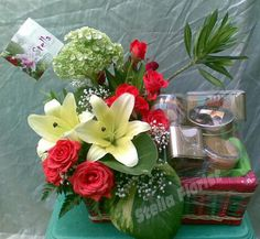 Seserahan #CultureOfJava Mix cookies with #Flower