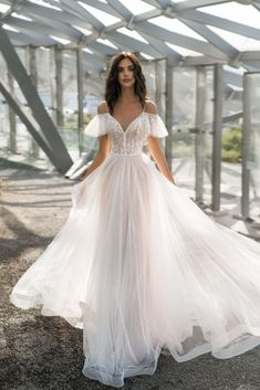 "Buy a wedding dress ""Malari"" Natalia R .- Buy a wedding dress ""Malari"" by Natalya Romanova from the collection 20189 in the salon of wedding dresses - Lace Beach Wedding Dress, Wedding Dress Trends, Best Wedding Dresses, Boho Wedding, Bridal Dresses, Wedding Gowns, Corset Wedding Dresses, Wedding Ideas, Princess Wedding Dresses"