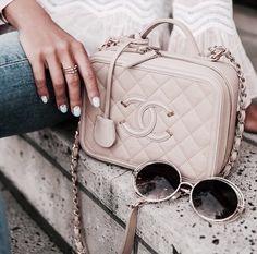 Imagem de chanel, fashion, and accessories