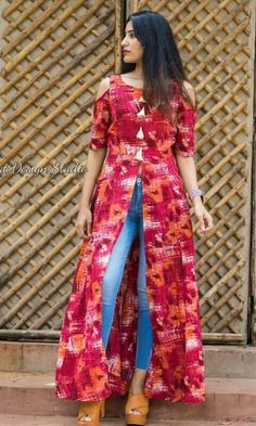 Dress Indian Style, Indian Fashion Dresses, Indian Designer Outfits, Girls Fashion Clothes, Silk Kurti Designs, Fancy Blouse Designs, Kurti Designs Party Wear, Stylish Kurtis Design, Stylish Dress Designs