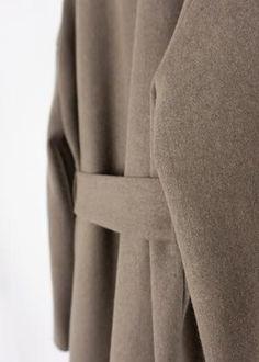 Sorént Oslo | IRIS Coat | Women's wear Taupe Color, Wool Fabric, Oslo, Coats For Women, Iris, Women Wear, How To Wear, Girls Coats, Women's Coats
