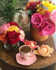 Eilinen ilta ja yö meni pellolla 🌟🏡🌾🍃🌿🌄 Have a nice Saturday evening 🌟🏡🌾🍃🌿🌄 Summer night 🌟… Turkish Coffee Machine, Turkish Coffee Cups, I Love Coffee, My Coffee, Coffee Drinks, Brown Coffee, Coffee Drawing, Coffee Painting, Coffee Logo