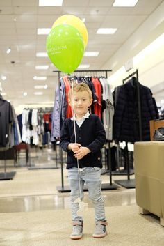 Balloons at Nordstrom in Portland, OR | Birthday Getaway | by Totes and the City | Outfit from Zara Baby Boy