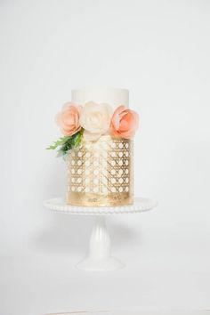 Delicate Geometric Gold and Blush Wedding Cake | Hey There, Cupcake! | See More! http://heyweddinglady.com/glamorous-geometric-wedding-inspiration-in-fuchsia-blush-and-gold/