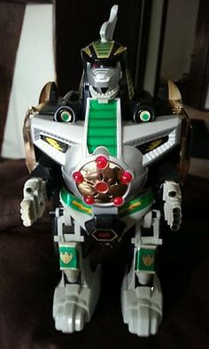 I wish I had the Mighty Morphin Power Rangers Dragonzord