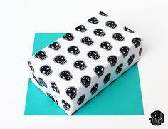 Papel de regalo de calaveras // Papier Cadeau (Free Printable) Skulls - Sanglota.com