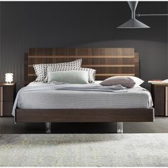 Rossetto Tratto Queen Sleigh Platform Bed in Rich Oak