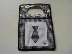 Lixeira gravata
