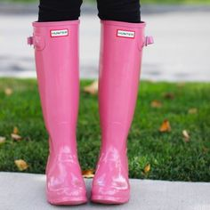 I just discovered this while shopping on Poshmark: EUC  HUNTER RAIN BOOT BUBBLEGUM PINK SZ 7 women. Check it out!  Size: 7