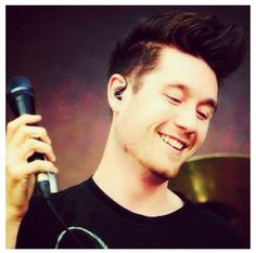 Dan Smith - Bastille Becoming very obsessed with this man's voice and his band