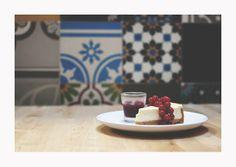 Cheesecake at Books & Brunch - © Silvie Bonne