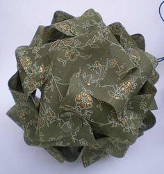 Puzzlelampe aus olivem Baumwollpapier