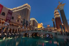 Find out how you can get a room upgrade at Venetian in Las Vegas! Receive room upgrades, show tickets, coupons and more using the $20 dollar trick.