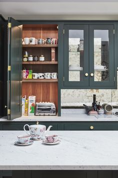 Blakes_Calbourne concealed toaster and tea cups