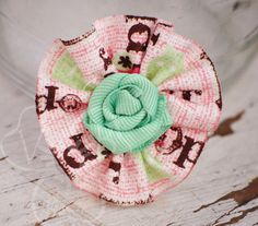 Hop To It pink #Easter ruffle and mint ribbon rosette by #VioletsBuds #MadMadMakers
