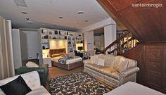 Un #divano classico #Frascati di spalle, un Old Chester in pelle, una Dormeuse #Chester, due letti e... - Vista 2 .