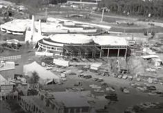 Construction of If You Had WingsAttraction, Tomorrowland  Image: Screen grab from Martins Videos