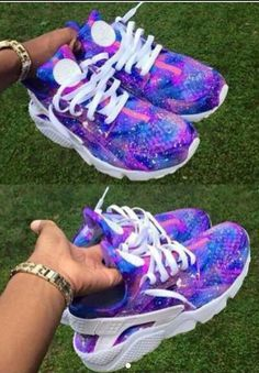 awesome Tendance Chaussures 2017 - Tendance Basket Femme Nike Air Huarache : Chaussures nike air max femme &a. Nike Air Huarache, Air Max Thea, Nike Free Shoes, Running Shoes Nike, Nike Shoes Outlet, Cute Shoes, Me Too Shoes, Trendy Shoes, Casual Shoes