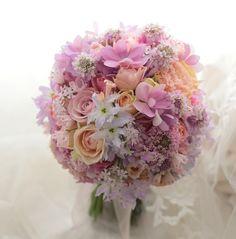 春のブーケ ホテル日航福岡様へ 全国へブーケをお届けします(でも生花はどうしてもってときだけ!) : 一会 ウエディングの花
