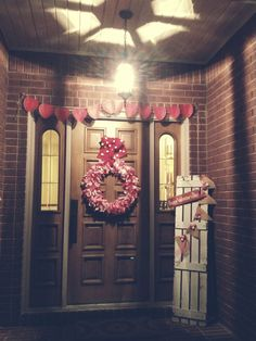 #Valentines Day #outdoor front #porch decor. Marty Lou