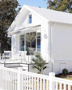 You see that little window above the striped awning? Swipe left to see what's inside 👈🏼 adding some cool vibes to the kids'… Weatherboard House, Three Birds Renovations, Window Awnings, Hamptons House, The Design Files, Pool Houses, House Colors, Decoration, Future House