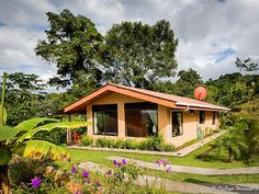 Spectacular Jungle Villa for Free Nite Hike, Extraordinary Views, Hot Tub! Volcano National Park, National Parks, Costa Rica, Forest Habitat, Villa, Living Off The Land, Tropical Garden, Private Pool, Best Vacations