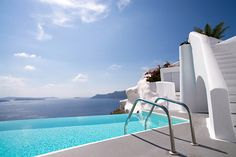 Discover the Photo Gallery of Katikies Santorini and view photos of the Rooms & Suites, the Katikies Santorini hotel and the experiences provided. Hotels In Oia Santorini, View Photos, Greece, Photo Galleries, Luxury, Gallery, Places, Outdoor Decor, Travel