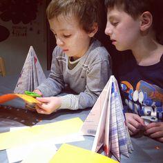 taller de árboles de folletos de papel