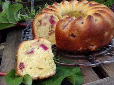 Rhabarbertopfkuchen mit Buttermilch - super saftig