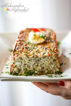 Jajeczny pasztet wielkanocny Raw Food Recipes, Snack Recipes, Cooking Recipes, My Favorite Food, Favorite Recipes, Easter Dishes, Easter Eggs, Good Food, Yummy Food