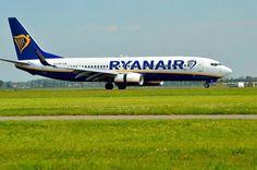 Ryan Air Boeing 737-800 EI-FOP