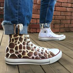 Men Women's Converse All Star Giraffe Original Design Hand Painted Shoes Wen - Unisex Adult Shoes Custom Converse, Converse Men, Custom Shoes, Converse All Star, Graffiti Shoes, All Star Shoes, Aesthetic Shoes, Hand Painted Shoes, Nike Free Shoes