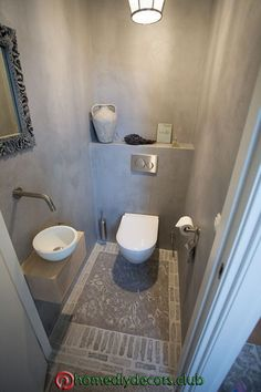 Toilette mit Brunnen Ede Toilet with fountain Ede – – Small Toilet Room, Guest Toilet, Downstairs Toilet, Bathroom Design Small, Bathroom Layout, Bathroom Interior Design, Bathroom Toilets, Bathroom Cleaning, Bathroom Remodeling