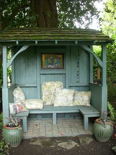 OH my goodness! I want one of these! What a great quiet time place . . . Lovely #shabby little #garden #shelter