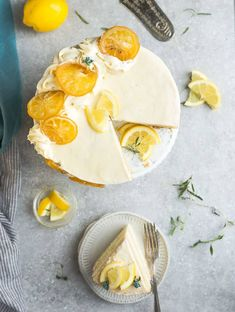 This Keto Lemon Cake is moist, soft and full of lemon flavor. It's easy to make in one bowl and the perfect low carb dessert for spring and summer parties. Paleo Lemon Cake, Sugar Free Lemon Cake, Gluten Free Lemon Cake, Keto Cake, Sugar Free Desserts, Lemon Desserts, Sugar Free Recipes, Avocado Recipes, Lemon Recipes