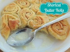 This easy and delicious Shortcut Butter Roll Dessert is a spin-off of my Old Fashioned Butter Rolls. I think I actually like this one better! Just Desserts, Delicious Desserts, Dessert Recipes, Yummy Food, Milk Recipes, Egg Recipes, Muffin Recipes, Recipes Dinner, Brunch Recipes