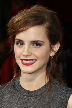 Emma Watson's Hairstyles & Hair Colors | Steal Her Style