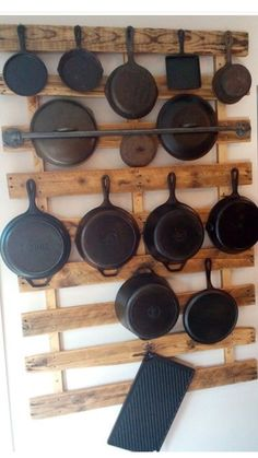 50 Smart DIY Kitchen Storage Solutions For Your Small Kitchen - Image 11 of 20 Kitchen Storage Solutions, Diy Kitchen Storage, Kitchen Organization, Organizing, Smart Kitchen, Organization Ideas, Kitchen Appliance Storage, Rustic Kitchen, Kitchen Decor