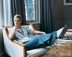 Actress-writer Alexandra Wentworth of the Starz network show Head Case in the living room of her Washington, D.C., house, which was decorated by Elizabeth Martin.   - ELLEDecor.com